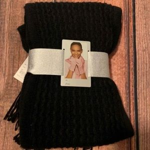 New Scarf and Gloves Gift Set
